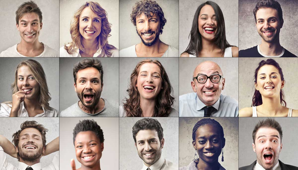 customer service power of smiling